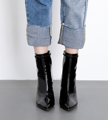 LACQUER ANKLE BOOTS